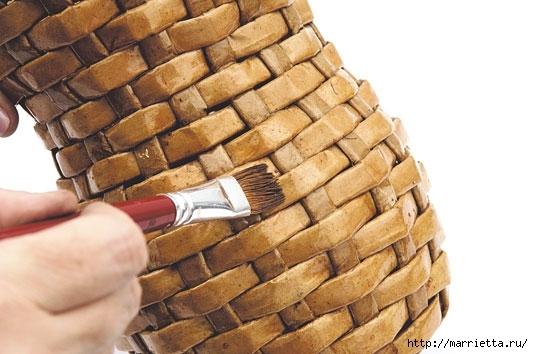 Плетение из газетных полосок. Вазочка для сухоцветов (19) (533x354, 127Kb)
