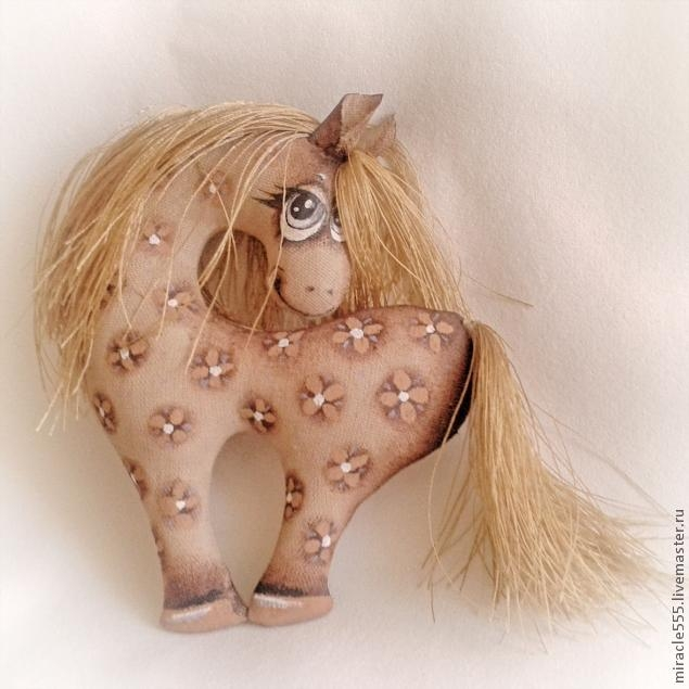 Гламурная кофейная лошадка к Новому году. Шьем текстильную игрушку (3) (635x634, 159Kb)