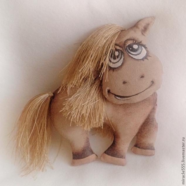Гламурная кофейная лошадка к Новому году. Шьем текстильную игрушку (8) (635x634, 149Kb)