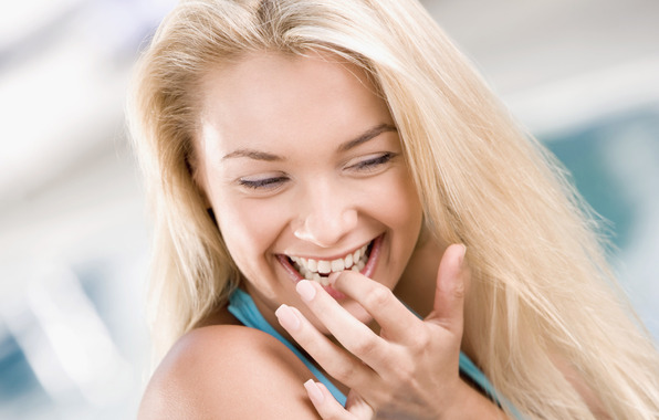 белые зубы/4348076_240446 (596x380, 59Kb)