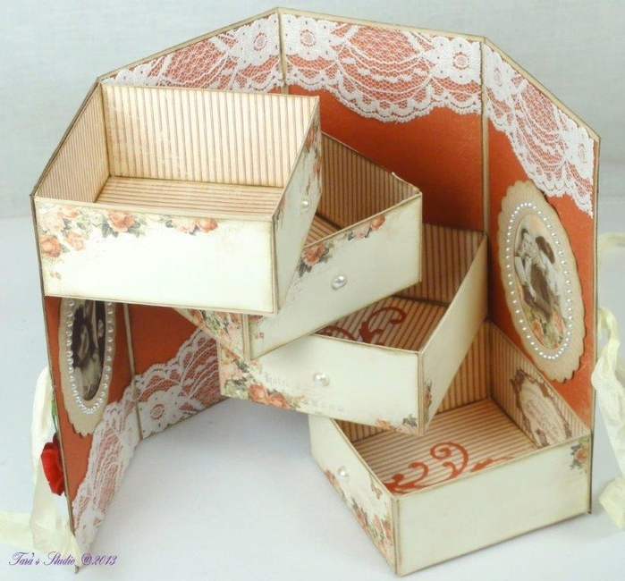 Скрапбукинг. Очень красивая коробочка (32) (700x650, 287Kb)