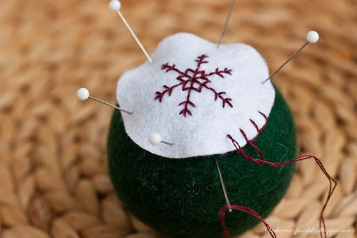 felted ball tutorial 7 (512x341, 38Kb)