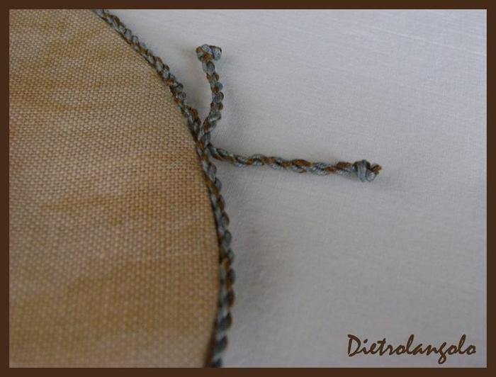Стильная игольница из льна с вышивкой. Фото мастер-класс (13) (700x532, 196Kb)