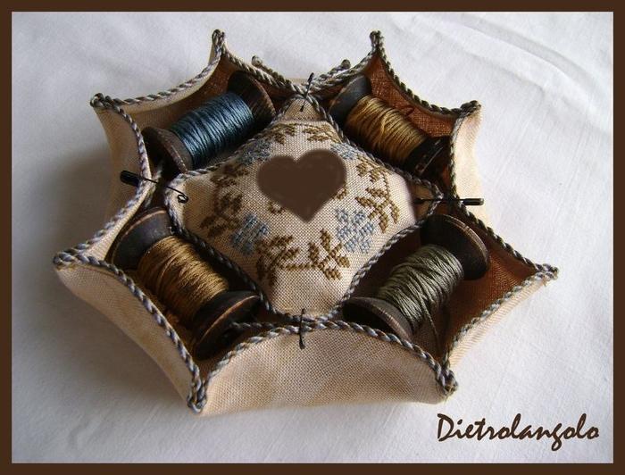 Стильная игольница из льна с вышивкой. Фото мастер-класс (21) (700x532, 262Kb)