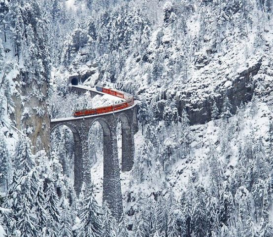 самая удивительная железная дорога, Швейцария (554x480, 114Kb)