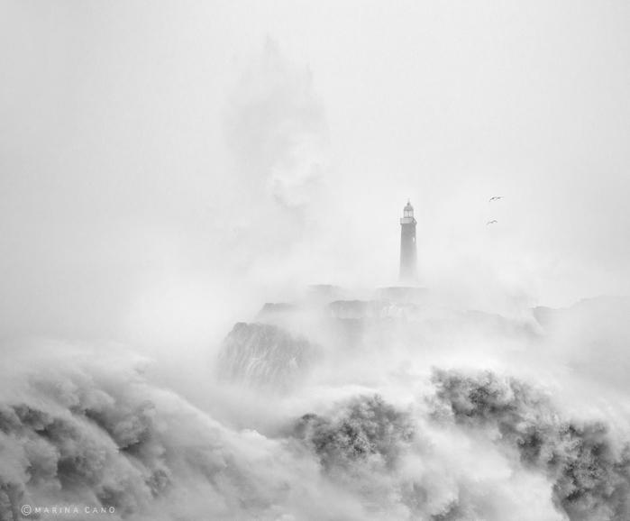 маяк в шторм фото марина кано 2 (700x578, 152Kb)