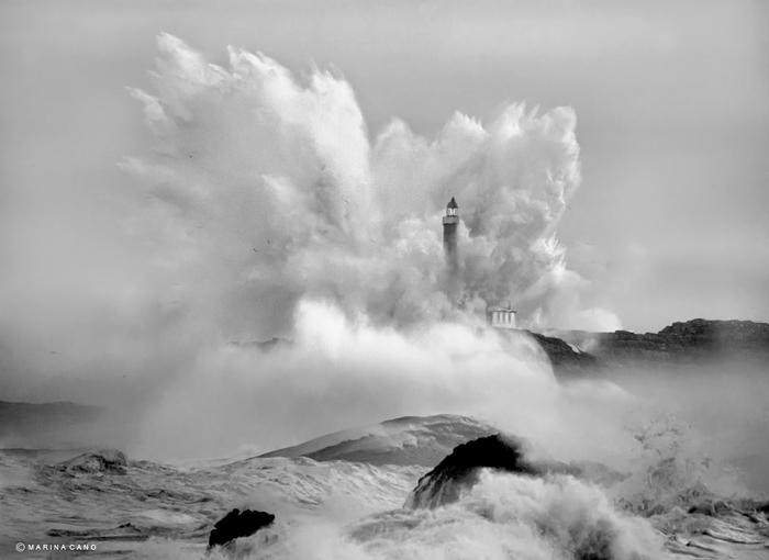 маяк в шторм фото марина кано 7 (700x510, 148Kb)