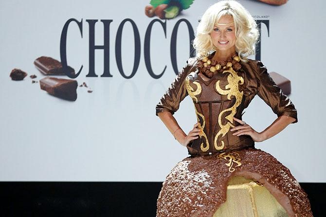 одежда из шоколада фото (670x447, 171Kb)