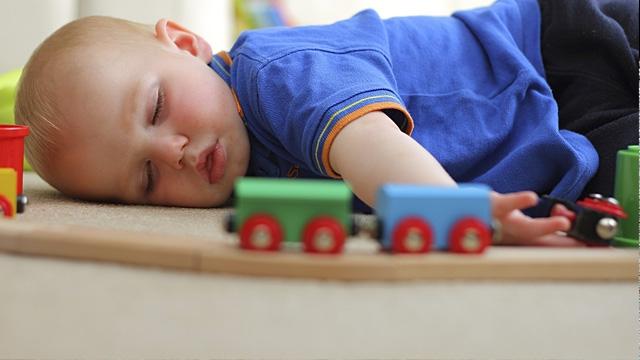 спящие дети6а (640x360, 124Kb)