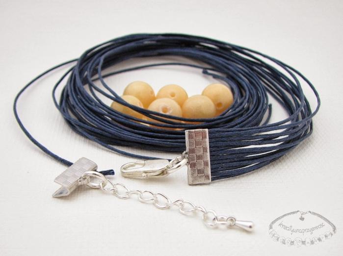 Bracelet en l'art de la dentelle de macramé et perles.  Master-classe (7) (700x522, 209Ko)