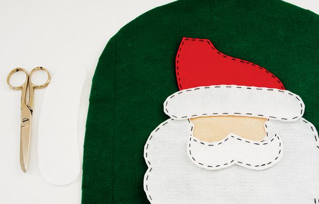 Дед Мороз на унитазе. Готовимся к празднику, шьем для ванной комнаты (4) (630x404, 411Kb)