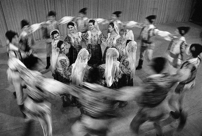 Единство духа в танце воплотим