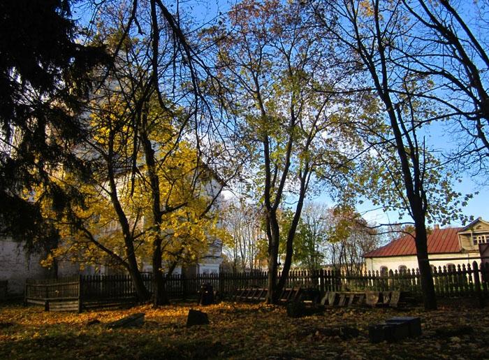 29 Борисоглебский монастырь (700x515, 464Kb)