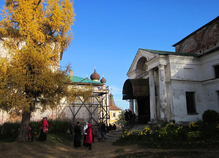 33 Борисоглебский монастырь (700x506, 268Kb)