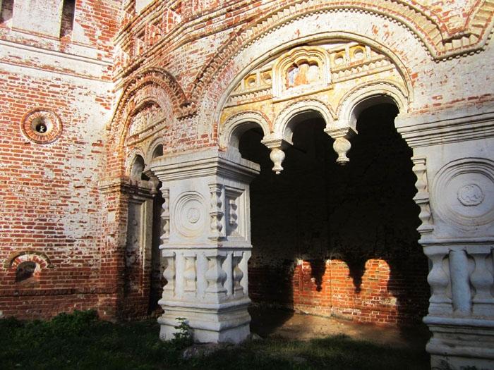 35 Борисоглебский монастырь (700x525, 347Kb)