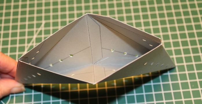 Светящаяся рождественская звезда из картона своими руками (6) (700x360, 163Kb)
