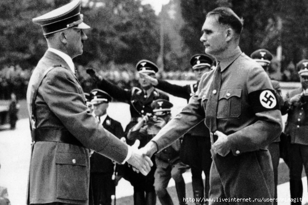 From-left-Adolf-Hitler-Deputy-Rudolf-Hess-at-the-National-Party-Congress (620x413, 152Kb)