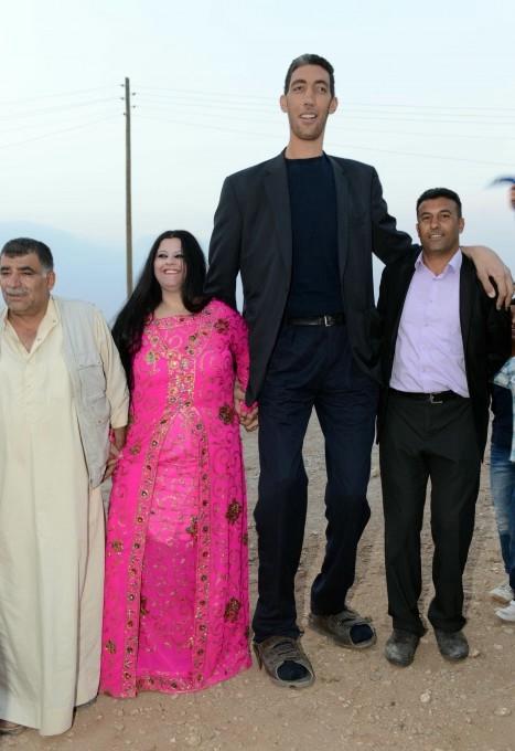 Султан Кёсен самый высокий человек в мире (467x680, 139Kb)