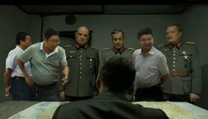 китайские чиновники фотожаба 4 (700x401, 63Kb)