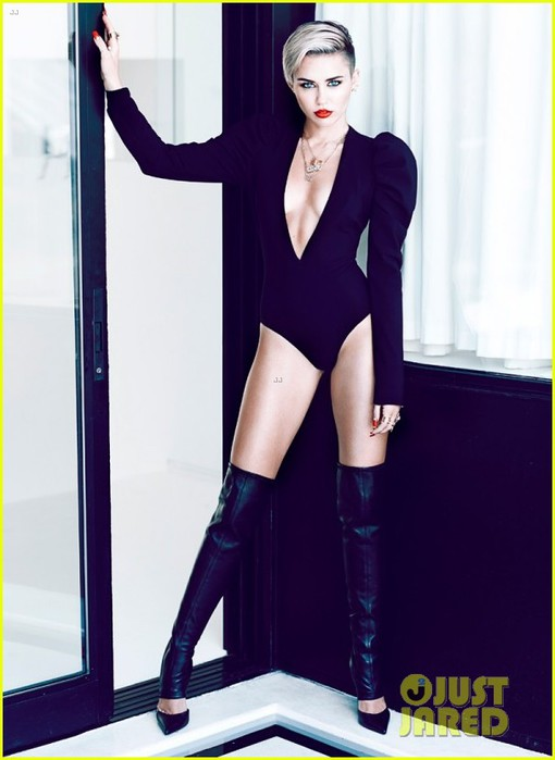 miley-cyrus-fashion-magazine-photo-shoot-outtakes-05 (510x700, 58Kb)