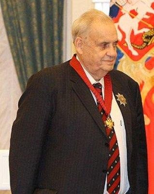 Eldar_Ryazanov (319x401, 25Kb)