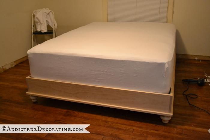 Двухспальная кровать своими руками. Мастер-класс (19) (700x467, 442Kb)