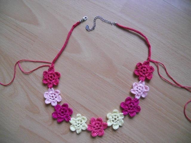 Гавайский цветок. Ожерелье крючком