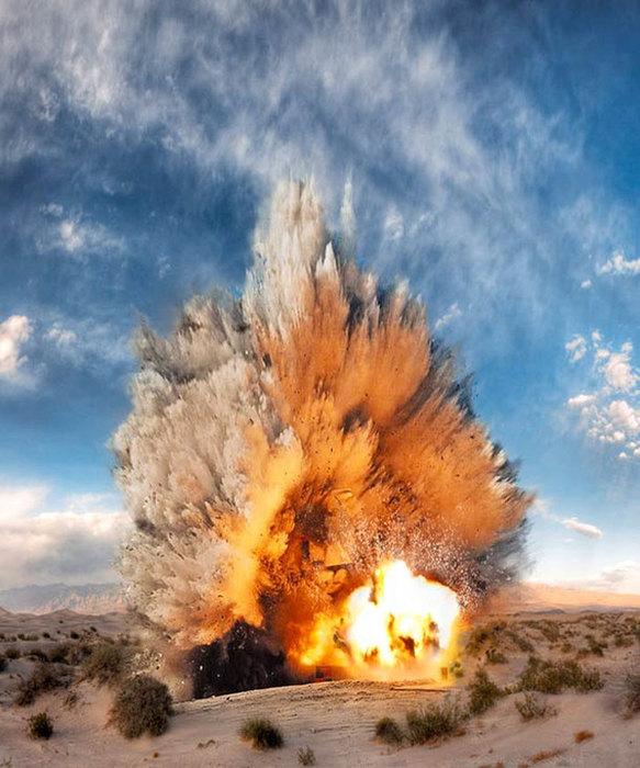Взрыв/1383747921_0_95a5b_928b7668_XXXL (583x700, 100Kb)