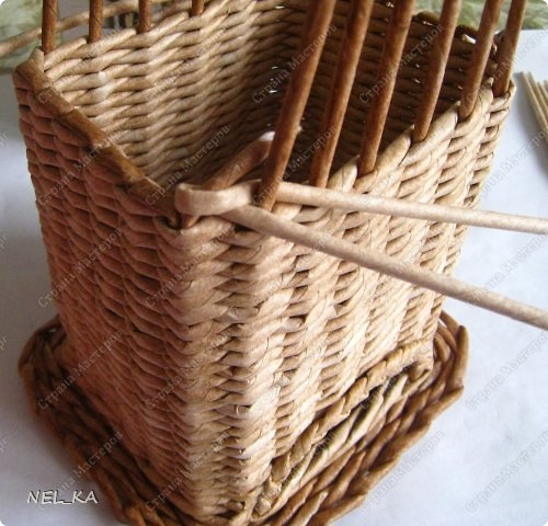 Плетение из газет. Чайный домик. Мастер-класс (15) (500x480, 152Kb)
