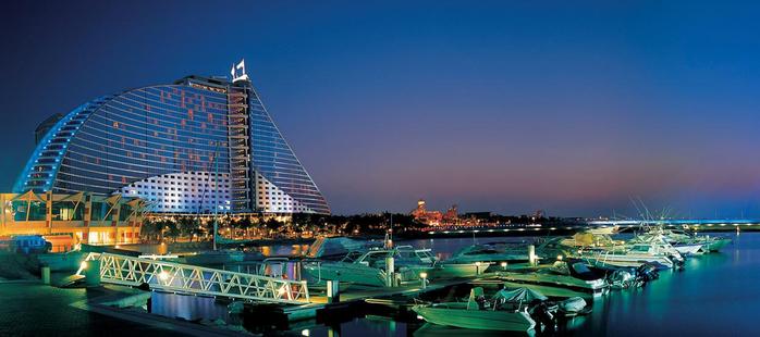 ����� Jumeirah Beach Hotel ����� (700x310, 238Kb)