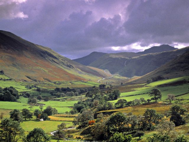Lake-District-National-Park_Lake-District-view_5382 (640x480, 265Kb)