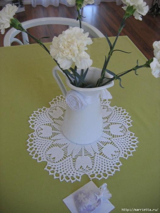 Нежная салфетка с тюльпанами. Вязание крючком (7) (525x700, 275Kb)