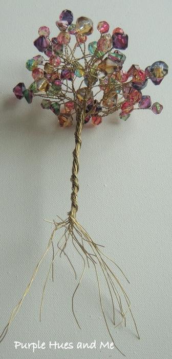 Цветочное дерево на камне. Красивая композиция из бисера и проволоки (8) (336x700, 200Kb)