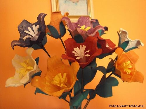 красота из картона- цветы из яичных лотков (6) (500x375, 155Kb)