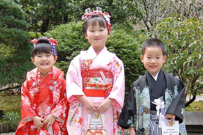 праджник детей япония 1 (700x466, 519Kb)