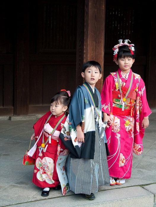 праджник детей япония 8 (526x700, 400Kb)