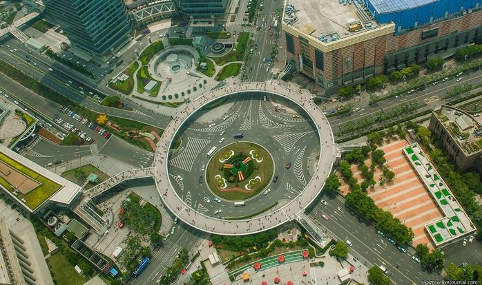 пешеходный мост в шанхае китай (700x414, 312Kb)