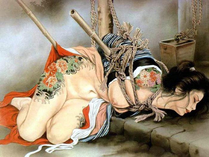 Считается, что современное японское эротическое связывание уходит корнями и