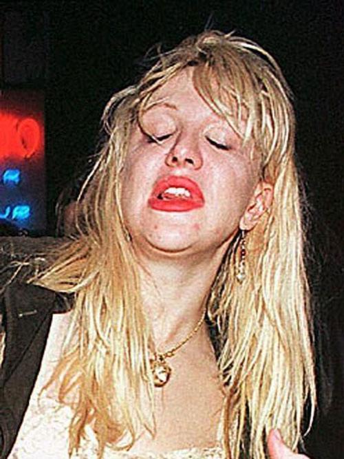 Русские дурные пьяные девки 14 фотография