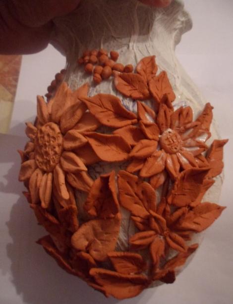 Декорирование вазочки самозатвердевающей массой керапласт (5) (470x613, 583Kb)
