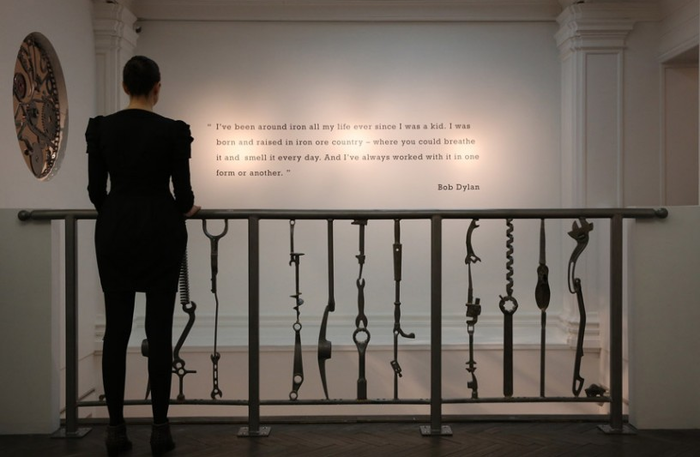 Выставка Bob Dylan Mood Swings