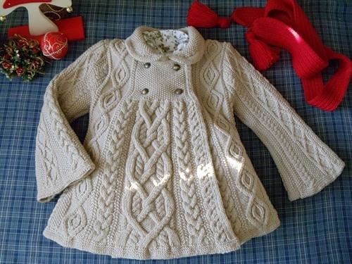 Пальто с аранами для девочки до 4-х лет (3) (500x375, 175Kb)