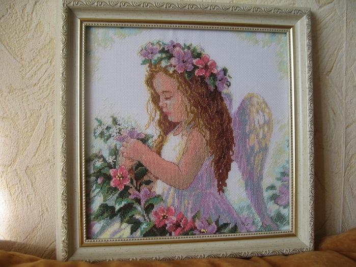 Ангел (700x525, 172Kb)