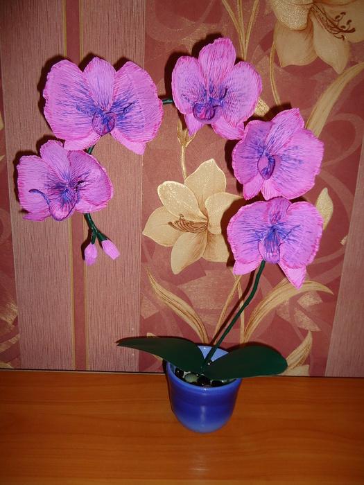 Орхидеи из гофрированной бумаги своими руками