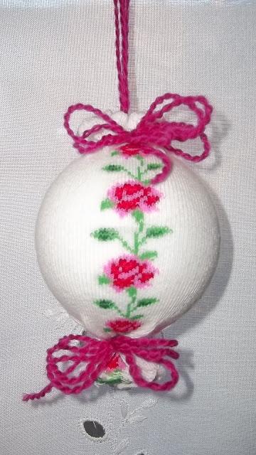 Текстильный елочный шар в технике йо-йо. Мастер-класс (2) (360x640, 205Kb)