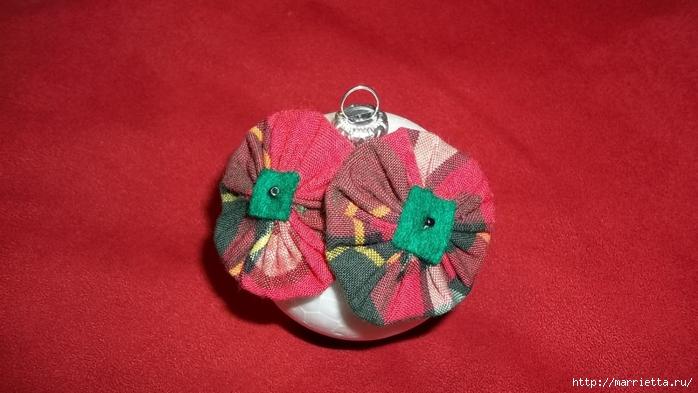 Текстильный елочный шар в технике йо-йо. Мастер-класс (17) (700x393, 203Kb)