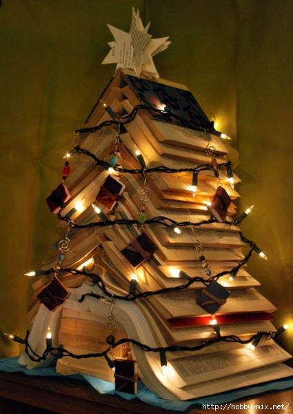 Alternative-Christmas-tree-ideas-tree-from-books-4 (425x600, 131Kb)
