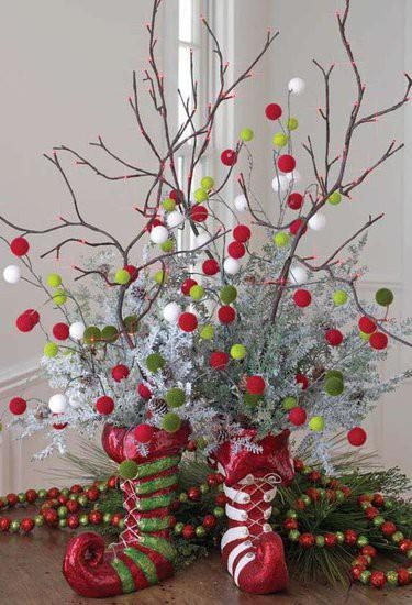 Alternative-Christmas-tree-ideas-tree-from-branches-and-decorations (375x550, 144Kb)
