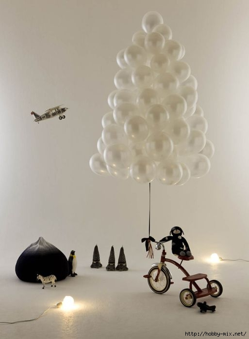 Alternative-Christmas-tree-ideas-tree-from-plastic-baloons (513x700, 89Kb)