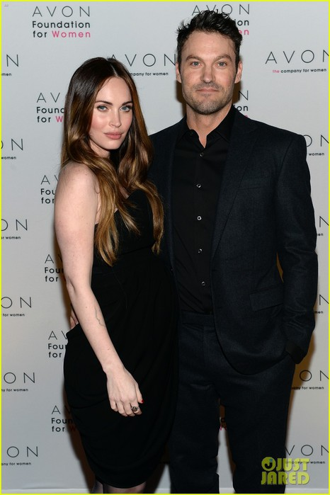 megan-fox-brian-austin-green-avon-see-the-signs-launch-01 (466x700, 65Kb)